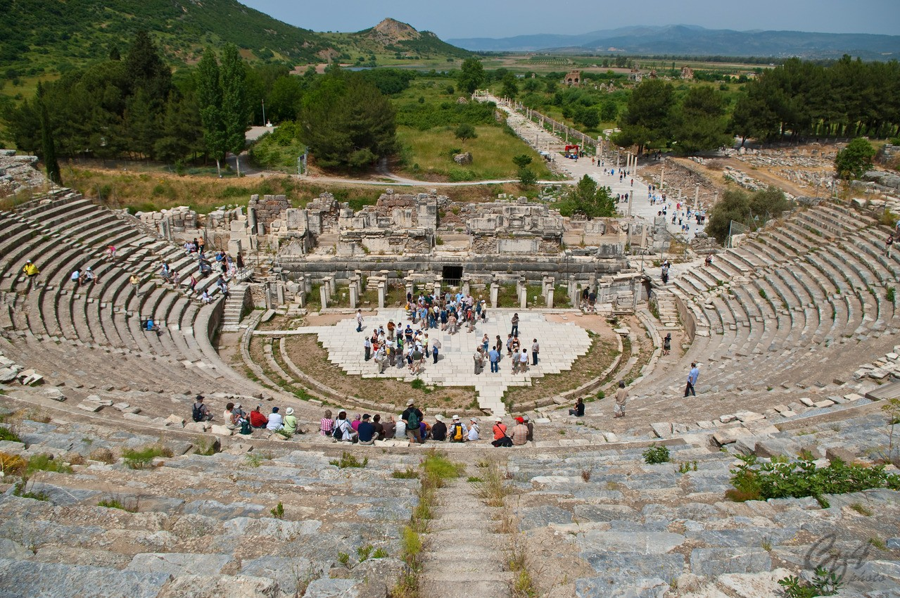 ephesus-amphi-theatre