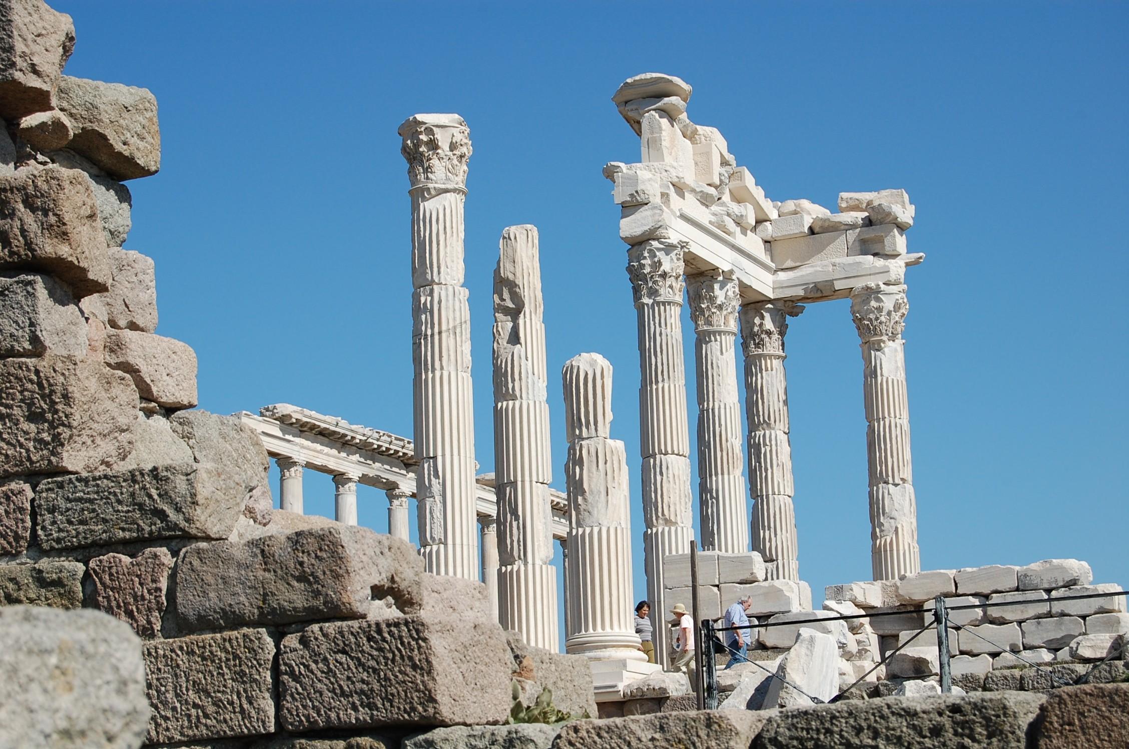 pergamum acropolis 3
